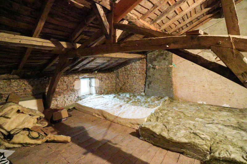 French property for sale in Adriers, Vienne - €51,000 - photo 9
