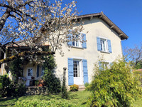 French property, houses and homes for sale in Champs-Romain Dordogne Aquitaine