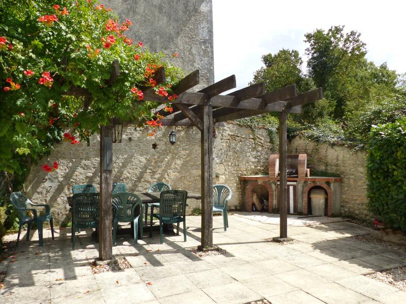 French property for sale in Plassac-Rouffiac, Charente - €318,000 - photo 9