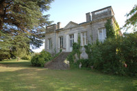 chateau for sale in CréonGironde Aquitaine