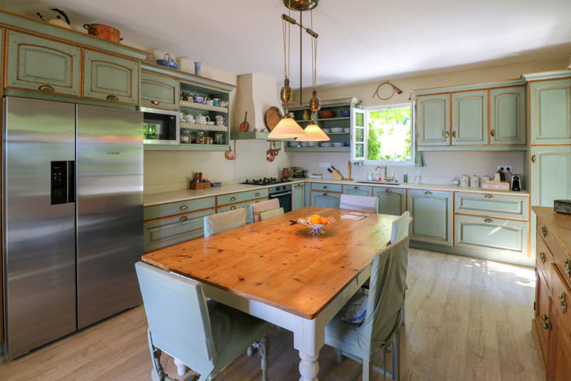 French property for sale in Seillans, Var - €1,200,000 - photo 3
