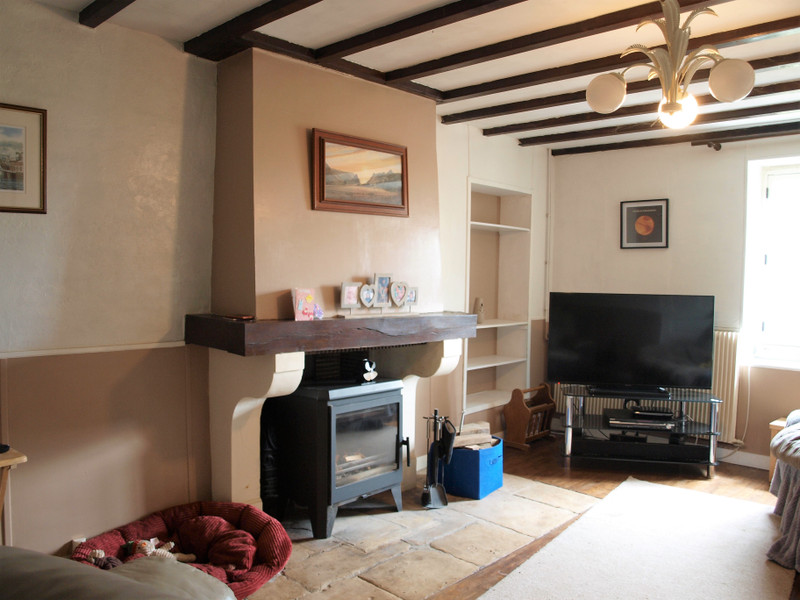 French property for sale in Lorigné, Deux-Sèvres - €82,999 - photo 6