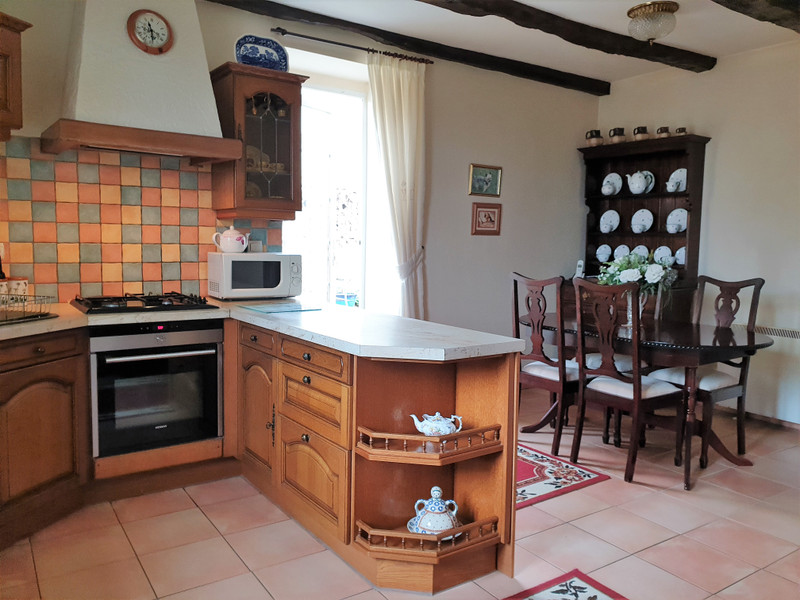 French property for sale in Hautefort, Dordogne - €158,000 - photo 5