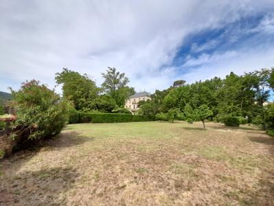 Elegant Maison de Maitre set on a 2.1 hectare plot, including parkland, orangerie and a 0.65ha mature vineyard