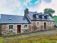 French property, houses and homes for sale in Lohuec Côtes-d'Armor Brittany
