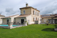 houses and homes for sale inIzonGironde Aquitaine