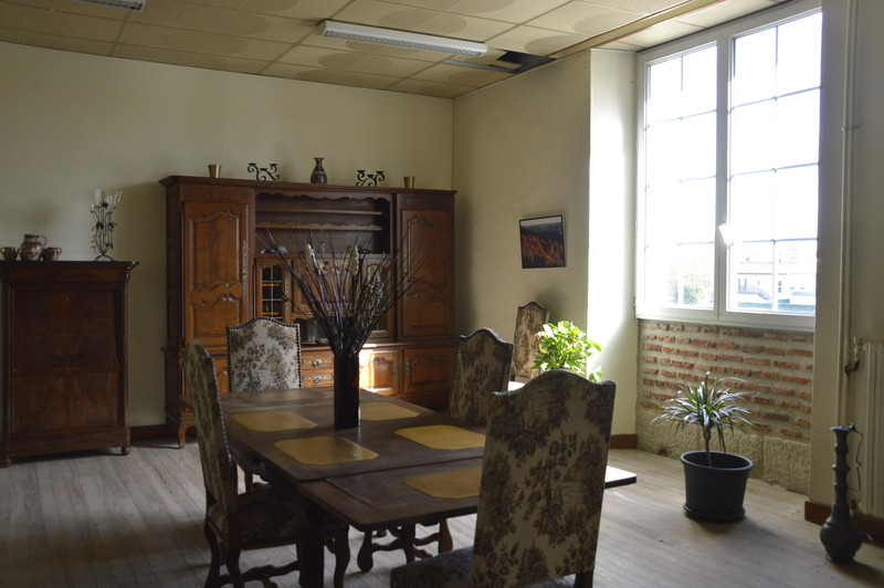 French property for sale in Casseneuil, Lot et Garonne - €477,000 - photo 10