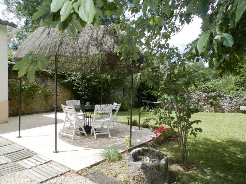 French property for sale in Montignac, Dordogne - €273,000 - photo 2