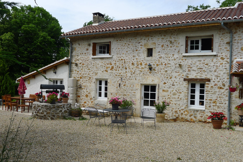 French property for sale in Saint-Sornin, Charente - €315,650 - photo 7