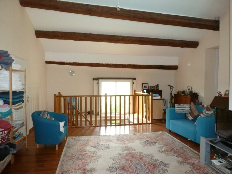 French property for sale in Capestang, Hérault - €385,000 - photo 5