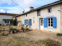 houses and homes for sale inMairé-LevescaultDeux_Sevres Poitou_Charentes