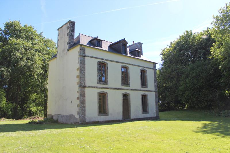 French property for sale in Plounévez-Moëdec, Côtes-d'Armor - €676,200 - photo 6