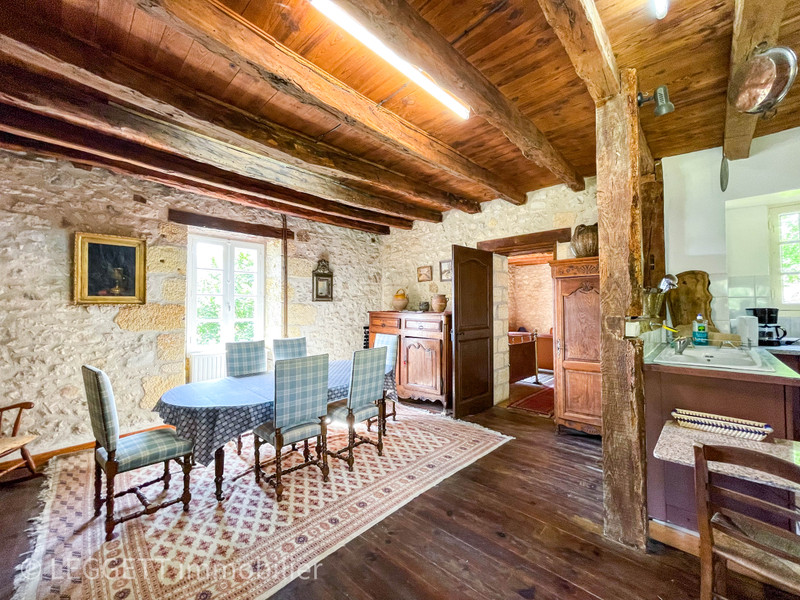 French property for sale in Saint-Cyprien, Dordogne - €251,450 - photo 3