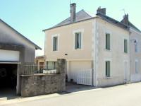 maison à vendre à Bénévent-l'Abbaye, Creuse, Limousin, avec Leggett Immobilier