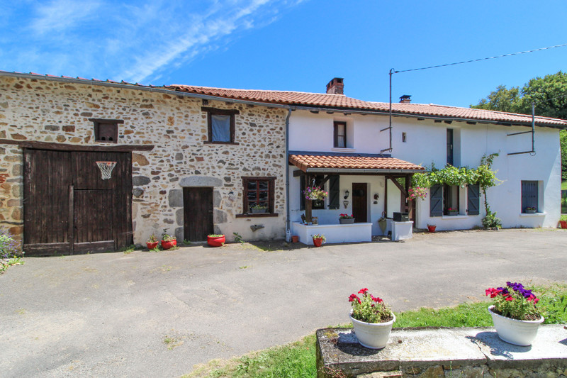 French property for sale in Saulgond, Charente - €141,700 - photo 1