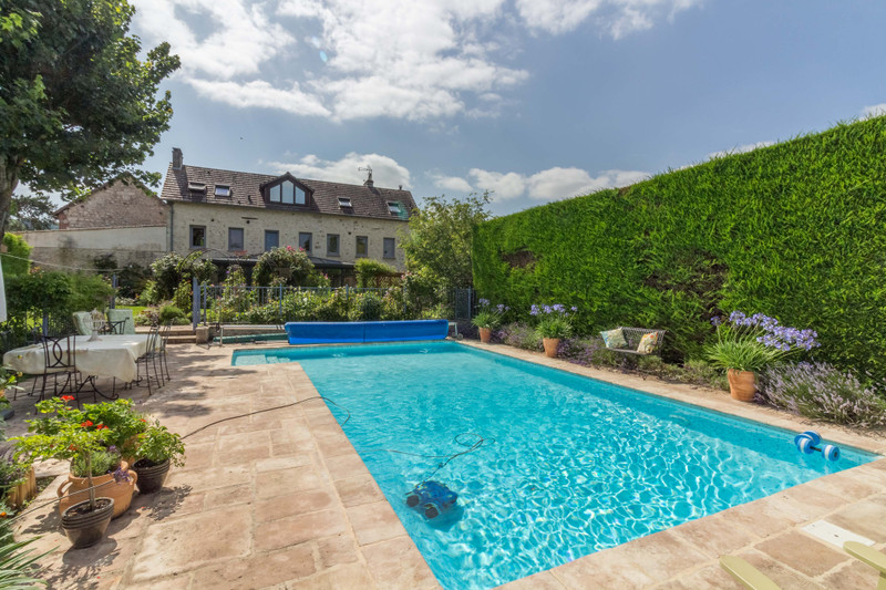 French property for sale in Vernon, Eure - €795,000 - photo 2