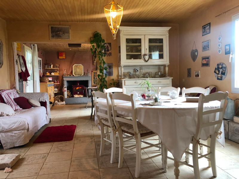 French property for sale in Beaugeay, Charente Maritime - €278,200 - photo 6