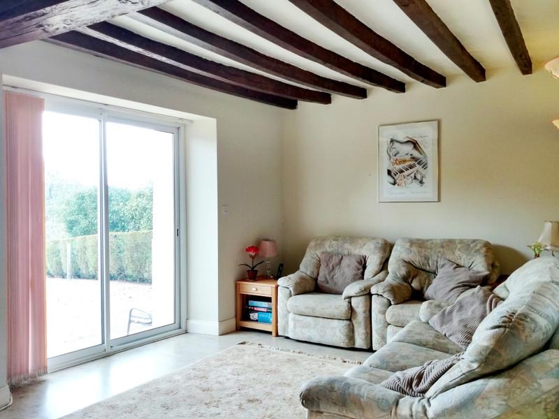 Maison à vendre à Vimarcé, Mayenne - 108 000 € - photo 2