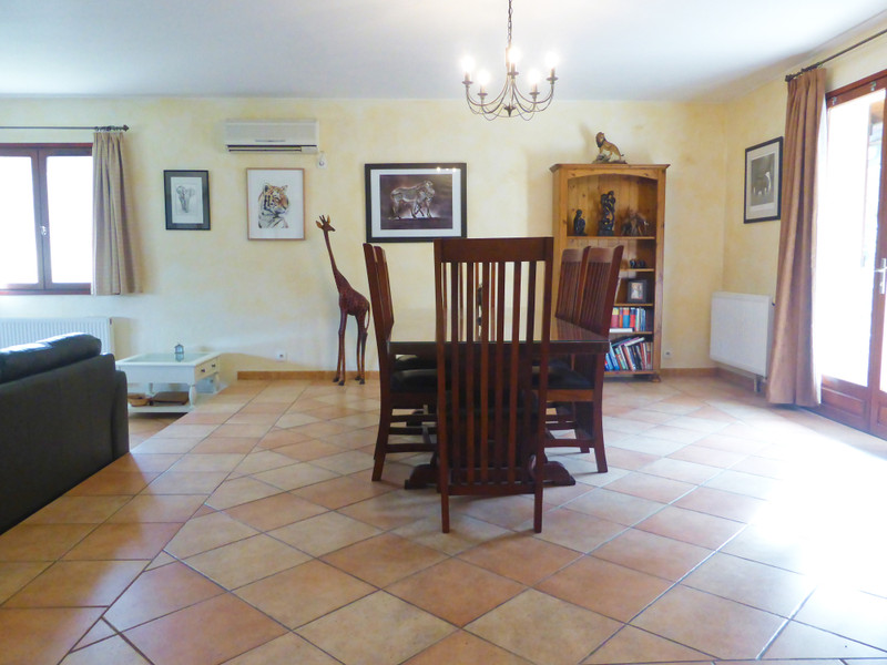 French property for sale in Meyrals, Dordogne - €299,600 - photo 6