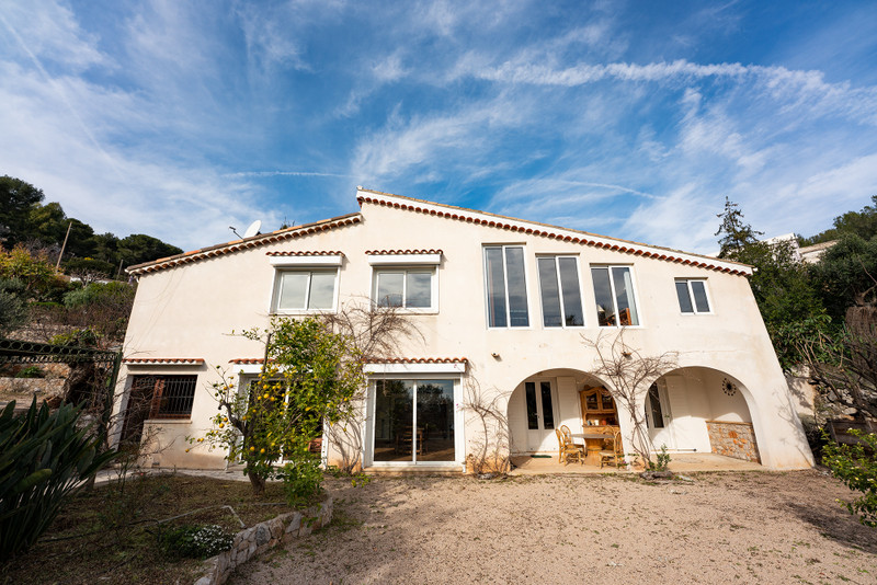 French property for sale in Beausoleil, Alpes-Maritimes - €1,199,000 - photo 3