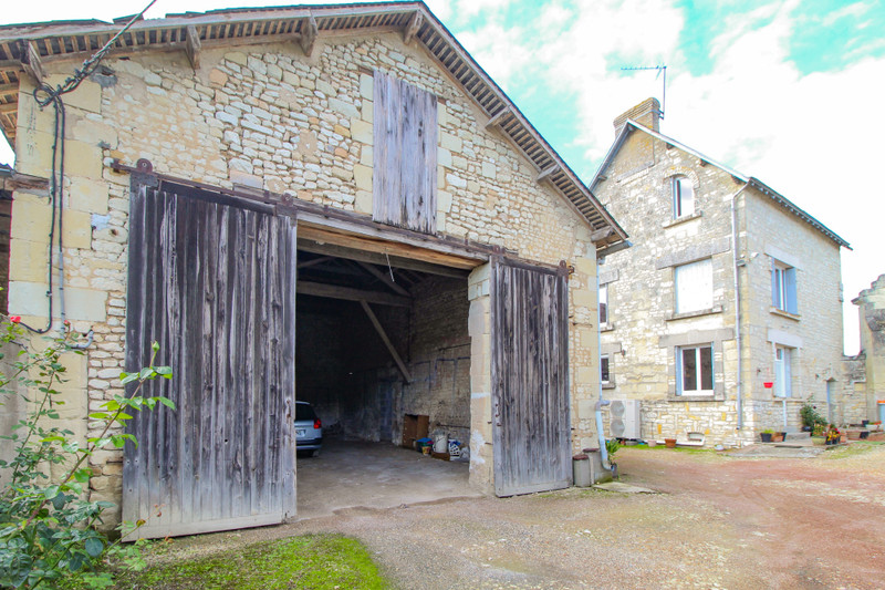 French property for sale in Mouterre-Silly, Vienne - €77,000 - photo 3