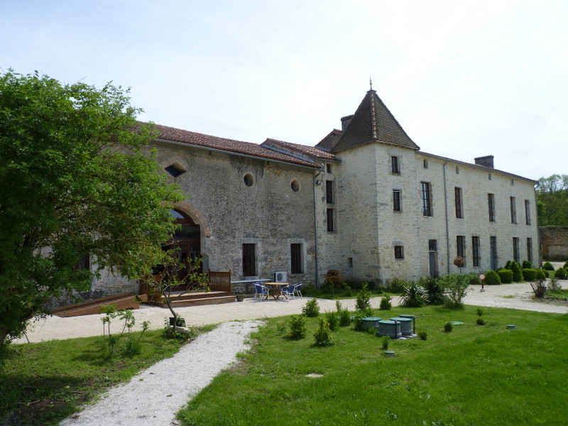 French property for sale in Nieuil, Charente - €680,000 - photo 10