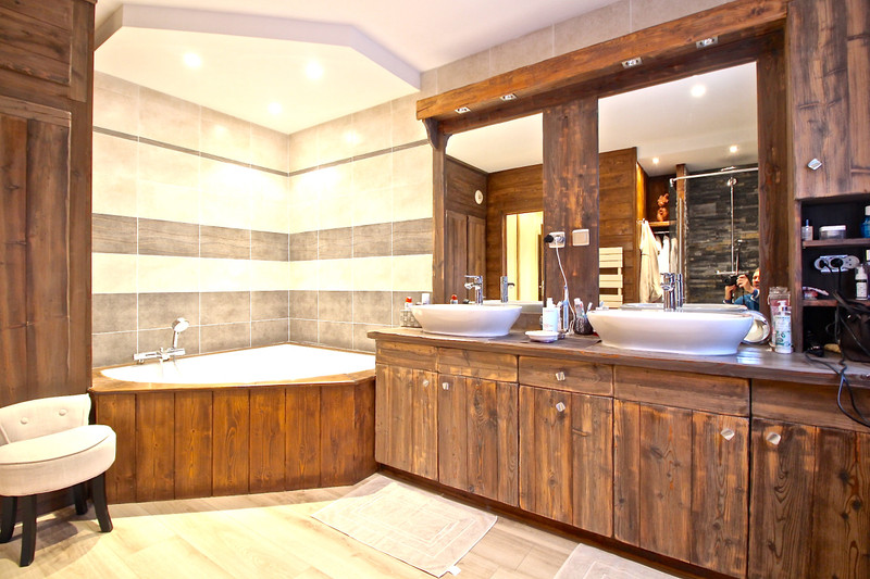 French property for sale in Les Deux Alpes, Isere - €2,600,000 - photo 5