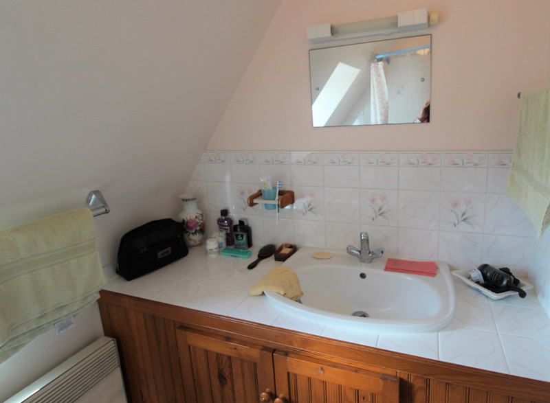 French property for sale in Bignan, Morbihan - €199,800 - photo 10