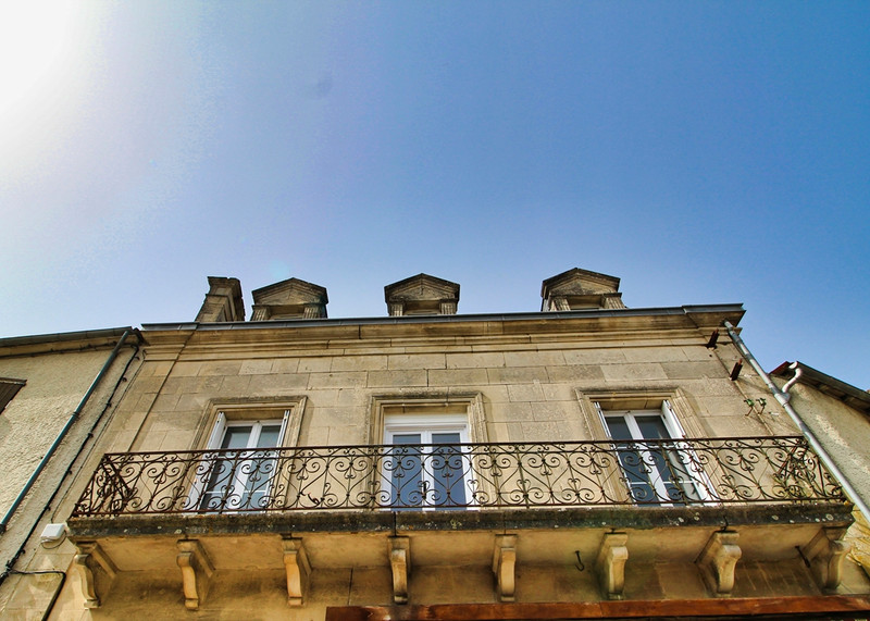 French property for sale in Villefagnan, Charente - €85,600 - photo 2