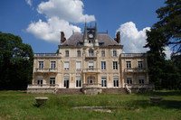 chateau for sale in Varennes-Vauzelles Nièvre Burgundy