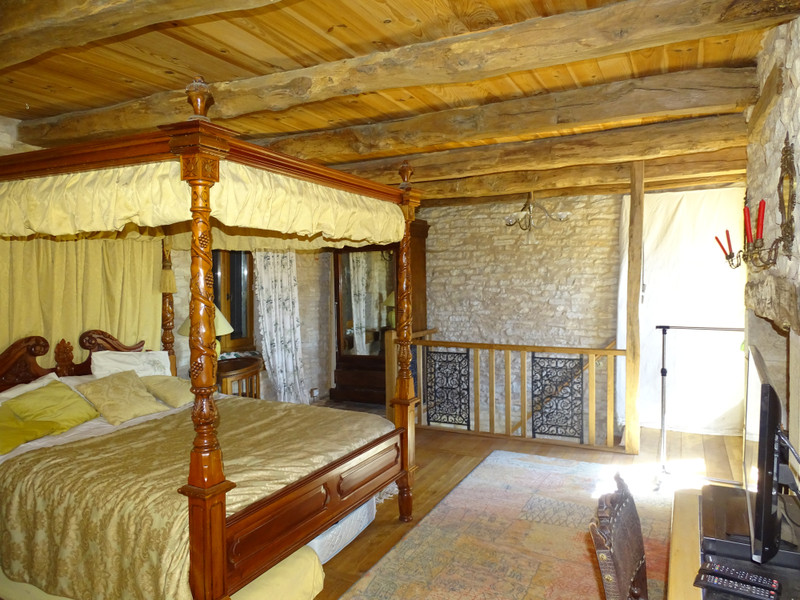 French property for sale in Chourgnac, Dordogne - €413,400 - photo 8