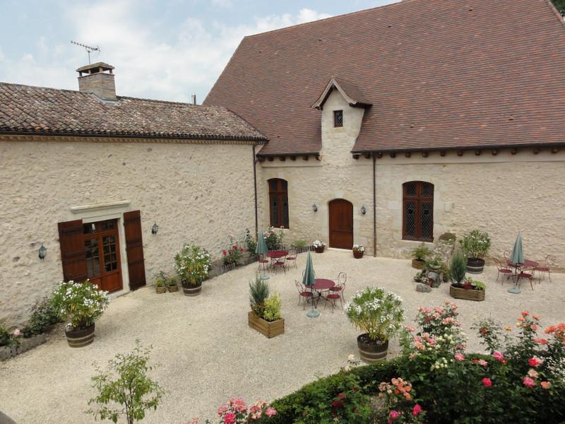 French property for sale in Villeneuve-sur-Lot, Lot-et-Garonne - €1,990,000 - photo 4