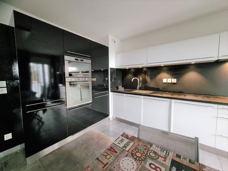 French property for sale in Nice, Alpes-Maritimes - €399,500 - photo 2