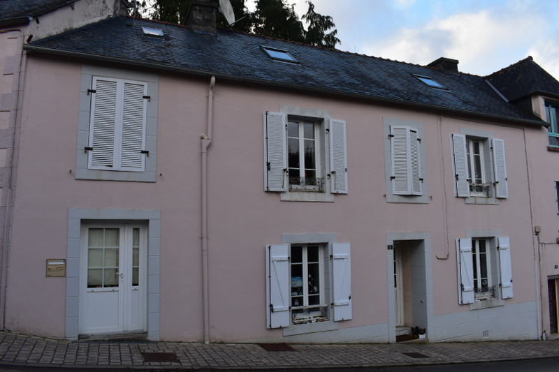 French property for sale in Lopérec, Finistere - €119,900 - photo 2