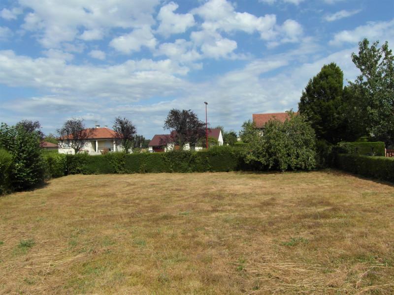 French property for sale in Mézières-sur-Issoire, Haute Vienne - €14,000 - photo 2
