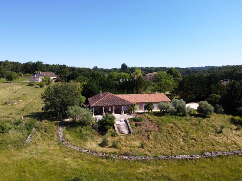 Maison à vendre à Milhac-de-Nontron, Dordogne - 360 000 € - photo 6