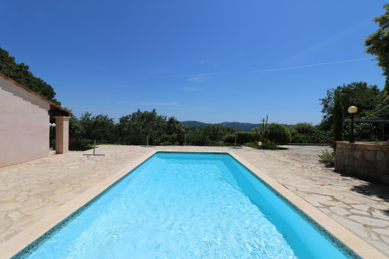 French property for sale in Le Tignet, Alpes Maritimes - €900,000 - photo 2