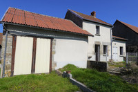 French property, houses and homes for sale inFransèchesCreuse Limousin