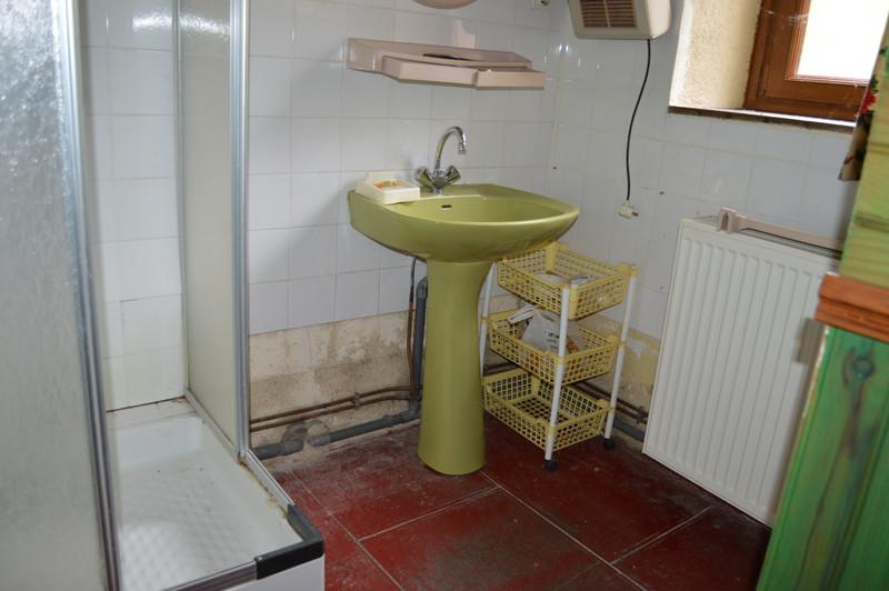 Maison à vendre à Châtelus-Malvaleix, Creuse - 68 600 € - photo 7