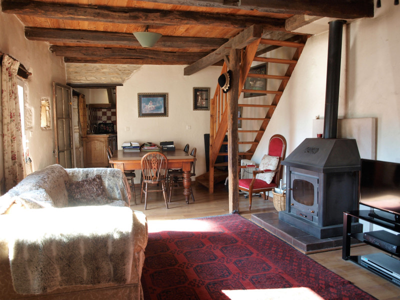 French property for sale in Mauprévoir, Vienne - €94,444 - photo 5