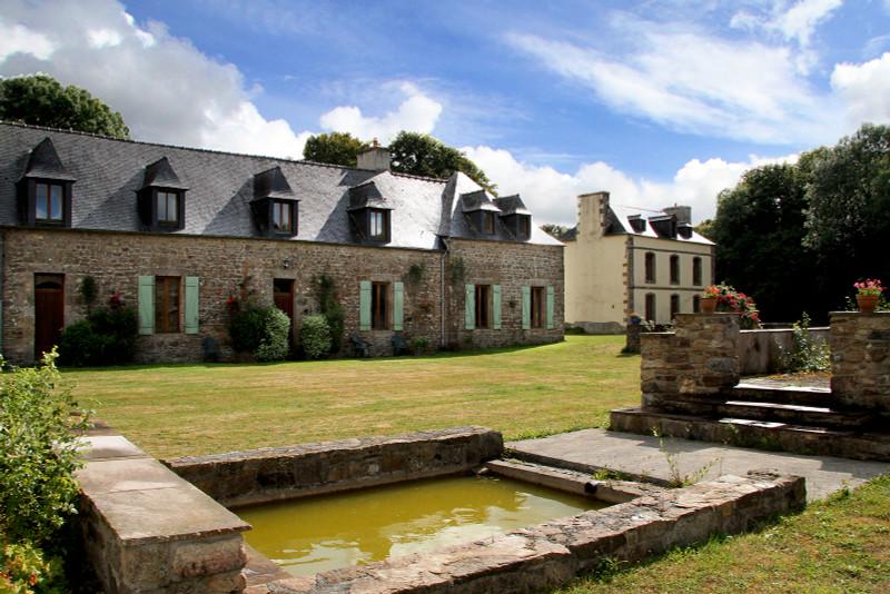 French property for sale in Plounévez-Moëdec, Côtes-d'Armor - €676,200 - photo 8
