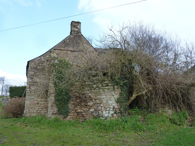 French property for sale in Peillac, Morbihan - €26,600 - photo 4