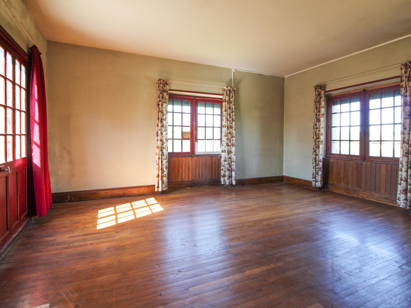 French property for sale in Bressuire, Deux-Sèvres - €339,200 - photo 6
