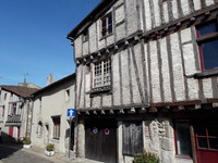 French property, houses and homes for sale in Parthenay Deux-Sèvres Poitou_Charentes