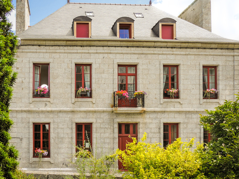French property for sale in Louargat, Cotes d Armor - €710,600 - photo 2