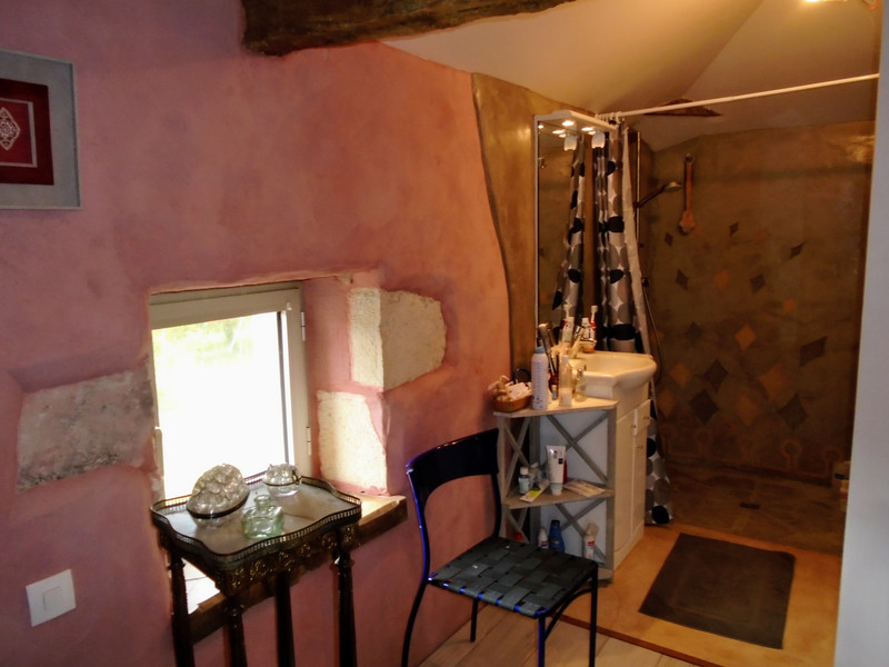 French property for sale in Luchapt, Vienne - €267,500 - photo 9