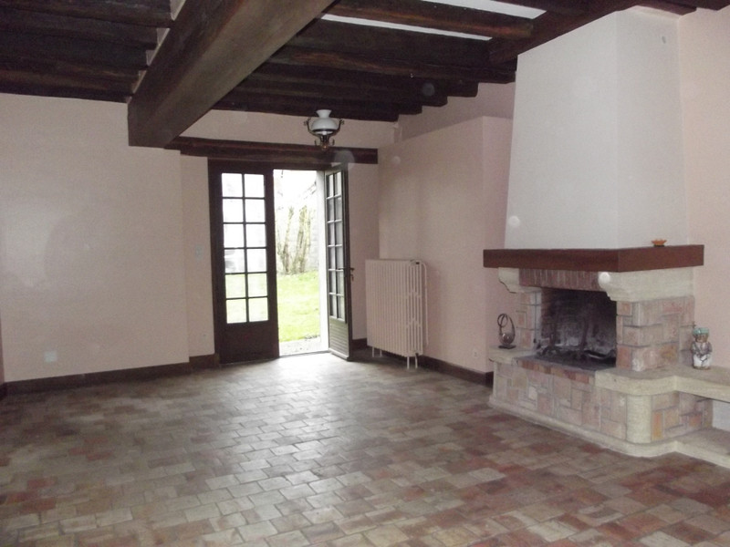 French property for sale in Angles-sur-l'Anglin, Vienne - €109,000 - photo 3
