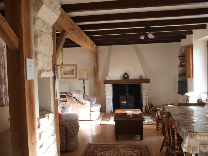 French property for sale in Chaunay, Vienne - €136,250 - photo 5