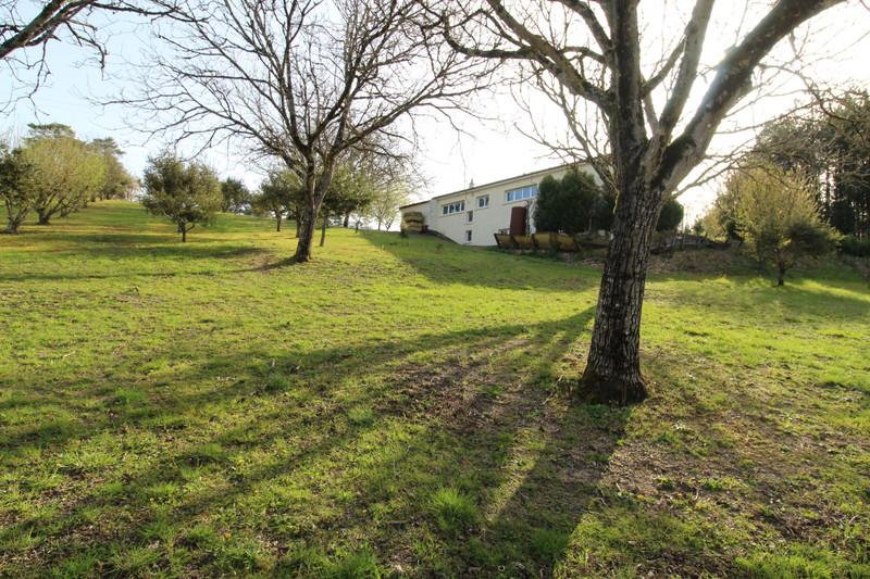 French property for sale in Agonac, Dordogne - €190,500 - photo 3