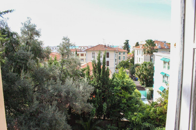 French property for sale in Nice, Alpes-Maritimes - €2,332,000 - photo 9